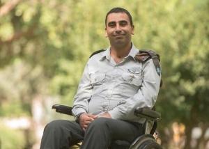 """קצין גולני שנפצע אנוש בצוק איתן יועלה לדרגת אל""""מ"""